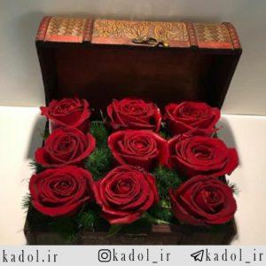 جعبه چوبی گل رز قرمز هلندی